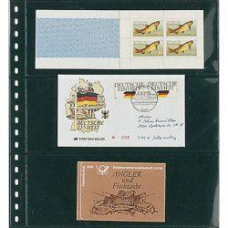 Feuilles transparentes Lindner pour carnets de timbres. (823)