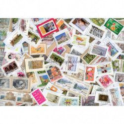 Timbres de France grands formats sur fragments au kilo.