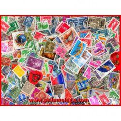 Pochette de timbres de France tous différents.