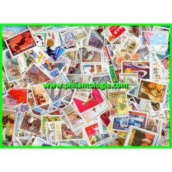 Tous pays timbres de collection grands formats tous différents.