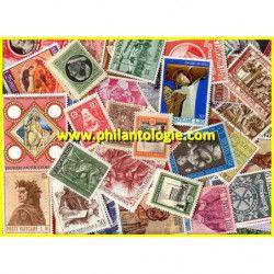 Vatican timbres de collection tous différents.
