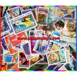 Fusées timbres thématiques tous différents.