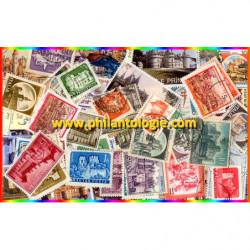 Châteaux timbres thématiques tous différents.
