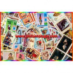 Histoire des Etats-Unis 100 timbres thématiques tous différents.