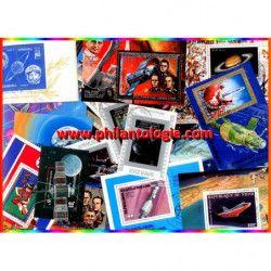 Cosmos - Espace blocs-feuillets de timbres thématiques.