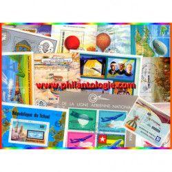 Ballons - Dirigeables 25 blocs-feuillets de timbres thématiques.