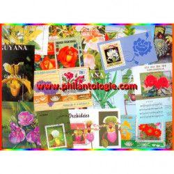 Fleurs blocs-feuillets de timbres thématiques.