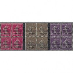 Caisse d'Amortissement série de 1930 en bloc de 4 timbres neuf** / * TB.