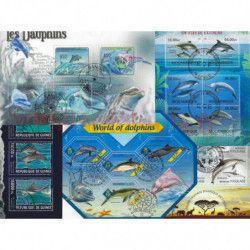 Dauphins 25 timbres thématiques tous différents.