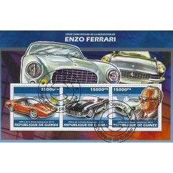 Enzo Ferrari bloc-feuillet de 3 timbres thématiques.