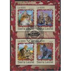 Chats bloc-feuillet de 4 timbres thématiques.
