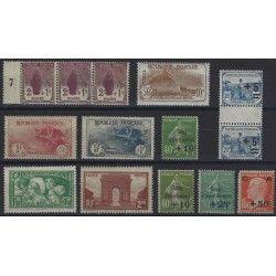 Lot de timbres de France semi-moderne TBE.