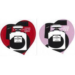 Cœurs Chanel N°5 timbres autoadhésifs neufs.