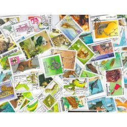 Animaux 50 timbres thématiques grands formats tous différents.