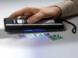 Lampe UV pour timbres - Un accessoire utile pour les collectionneurs