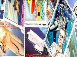 Pochettes de timbres thématiques sur l'espace - Cosmos - Astronomie.